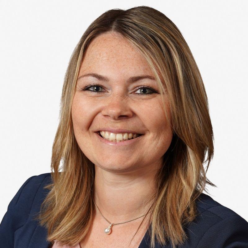Nadine Beulke Mitarbeiterin im vertrieb bei E.L.F hallen- und Maschinenbau in Holzminden